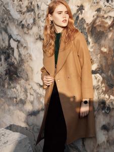 布根香女装秋大衣
