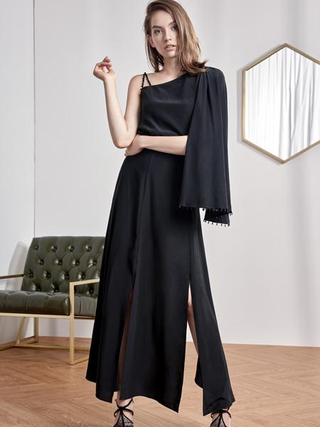 2018红贝缇连衣裙