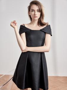 红贝缇女装小黑裙