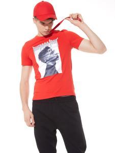 佐纳利红色T恤