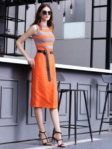 例格女士连衣裙