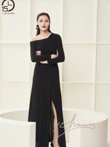 15小时黑色优雅连衣裙