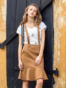 伊纳芙女装春夏新款背带裙