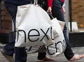 Next假日季表现超预期 实体店仍是集团业务坚强基石