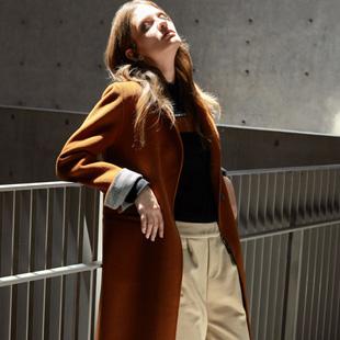时尚简约女装加盟丽芮  打造你想要的简洁和低调的奢华