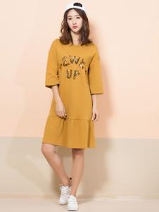 讴歌德黄色连衣裙