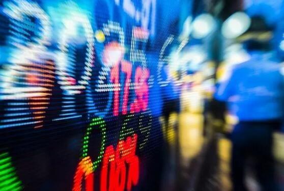 2017资本市场中三成服企挂牌,两家电商女装追逐IPO
