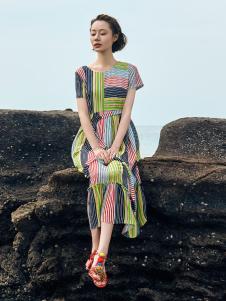 2018印巴文化时尚拼接连衣裙