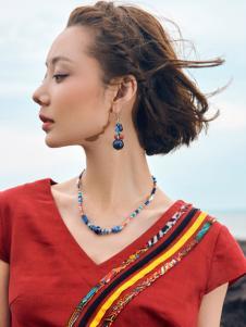 2018印巴文化精致刺绣上衣
