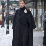 凡恩女装:作为四季潮流单品阔腿裤究竟怎样穿?冬天这样搭绝对好看!