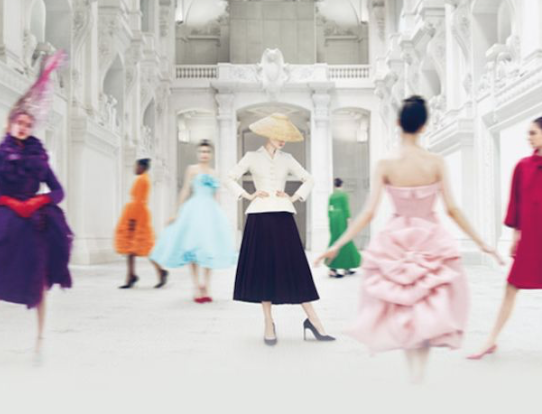 Christian Dior回顾展爆棚,打破当地博物馆112年观展记录