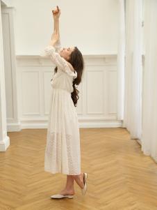 Ouyue欧玥2018新款白色连衣裙