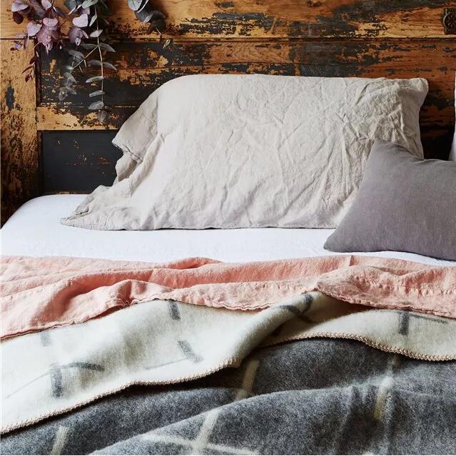 新申亚麻大师 | 没有一床好亚麻,就辜负了这个冬天。