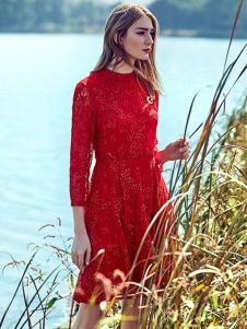 介喜JoyCapita红色连衣裙