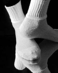 狄朵娜||家里有这几种袜子