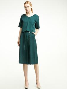 2018凡恩女装绿色连衣裙