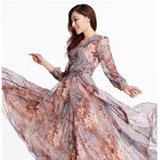 衣肖秀|飘逸长裙,舞动你每一秒的精彩