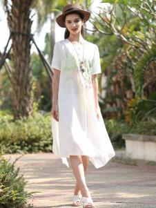 乔帛白色新款连衣裙