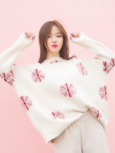 百变伊伊2018甜美毛衣