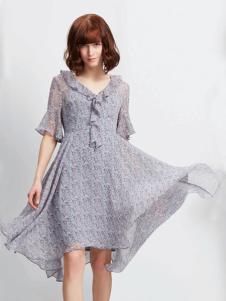 蔓露卡18新款连衣裙M815655