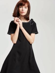 蔓露卡18新款连衣裙M825067