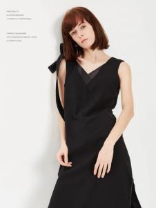 蔓露卡18新款连衣裙M825077