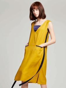蔓露卡18新款连衣裙M815227