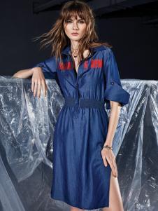 ik2018夏装蓝色连衣裙