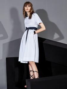 ik2018夏装白色连衣裙