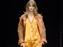 2018纽约时装周:Bottega Veneta有年少冲动的青春