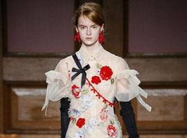 伦敦时装周:这些大牌的公主裙不日常又怎样?