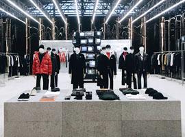 中国时装市场竞争进入白热化阶段 Mo&Co等品牌先人一步