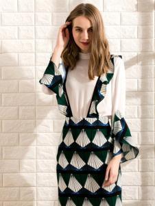莎斯莱思女装新款背带裙