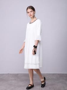 子容2018女装新品纯白连衣裙