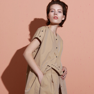 欧美大牌个性风格女装加盟 就选KENNY!简约、时尚、自然、大气!