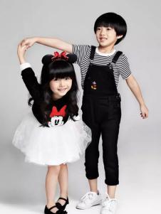 小太平鸟童装品牌新品蓬蓬裙装
