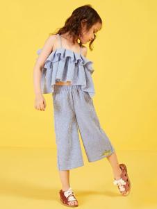 小太平鸟童装品牌新品吊带套装