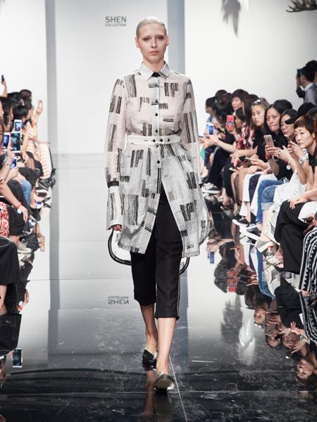 2018凯伦诗新品时尚欧美外套