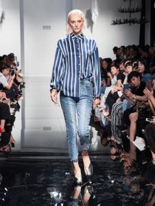 2018凯伦诗藏青条纹衬衫