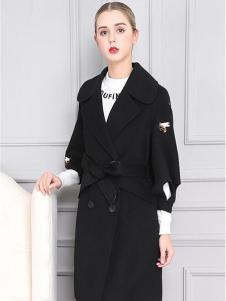 柏芙澜女装新款黑色大衣