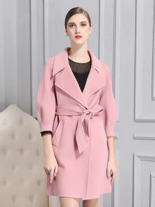 比雨竹女装新款粉色大衣