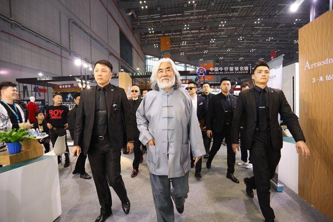 跨越江南×链接世界:中国印象·男装常熟 常熟时尚国际发声