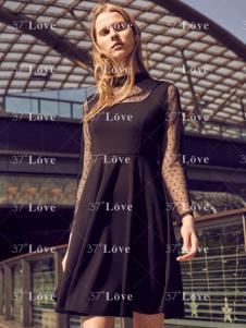 37度Love2018简约小黑裙