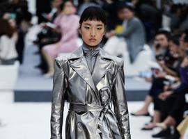 A/W2018深圳时装周 | LIYIHAN时装演绎对生命本质的探索