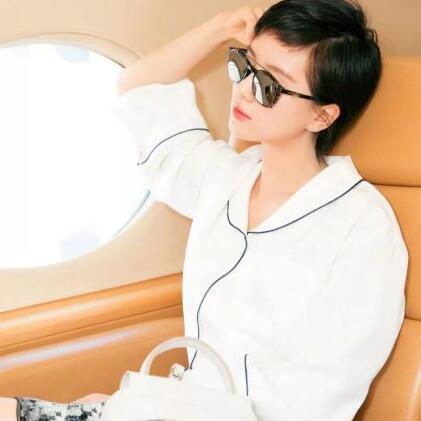 春季必备!dambolo丹比奴女装最百搭的白衬衫,种风格抢镜又好看!