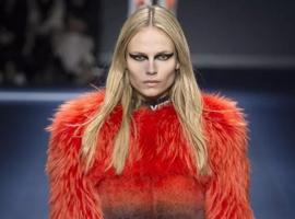 大牌纷纷和动物皮草道别!最近的一位是Versace