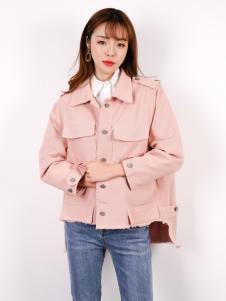 百变伊伊欧韩时尚女装外套