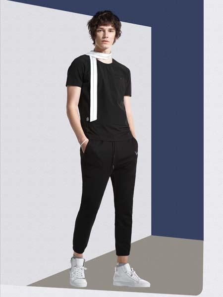 新升流派新款黑色T恤