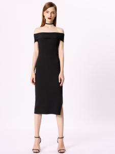 TITI黑色连衣裙