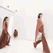 迪斯廷凯2018A/W深圳时装周 | 重返艺术时代,着粉色与记忆中的东方邂逅